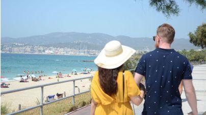 Las pernoctaciones turísticas caen un 2,2 por ciento en julio hasta los 12,6 millones