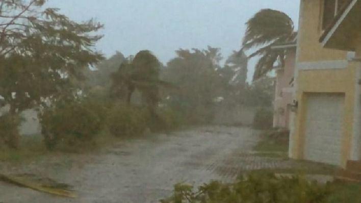 Al menos cinco muertos en Bahamas por el paso del huracán 'Dorian'