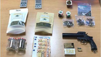 Un vecino de Port Cristo detenido por vender marihuana por correo