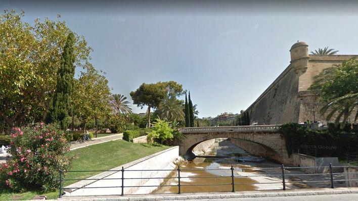 Detenido por robar y golpear violentamente en la cara a un turista en Palma