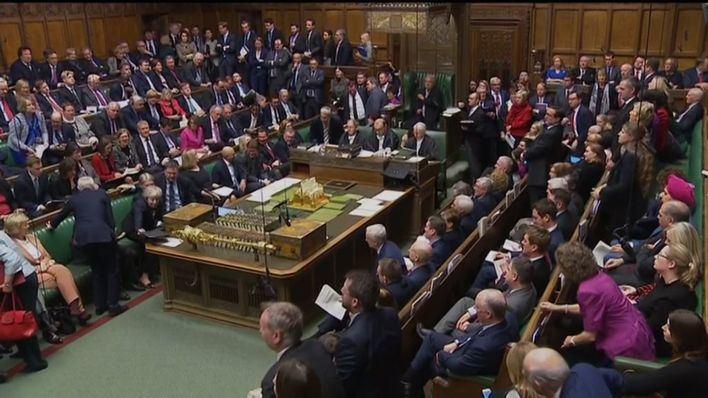 El Parlamento se rebela contra Johnson y fuerza una ley que bloquee un Brexit duro
