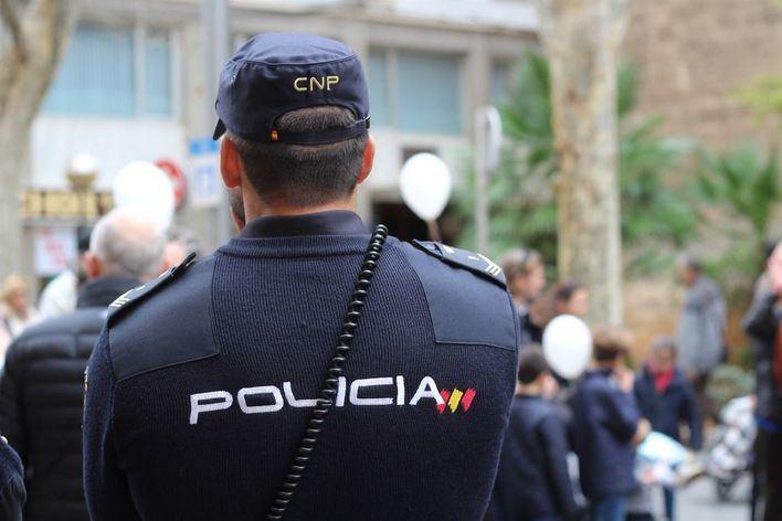 Detenido en Ibiza un hombre de 35 años con 80 pastillas de éxtasis y otras drogas
