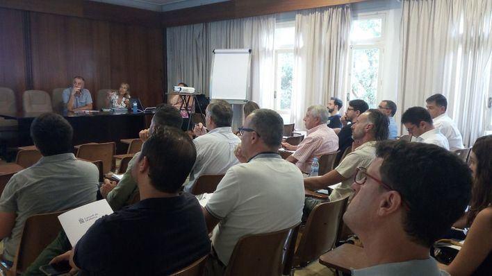 El Consell reúne a alcaldes para que se unan al Pacto por el Clima y la Energía