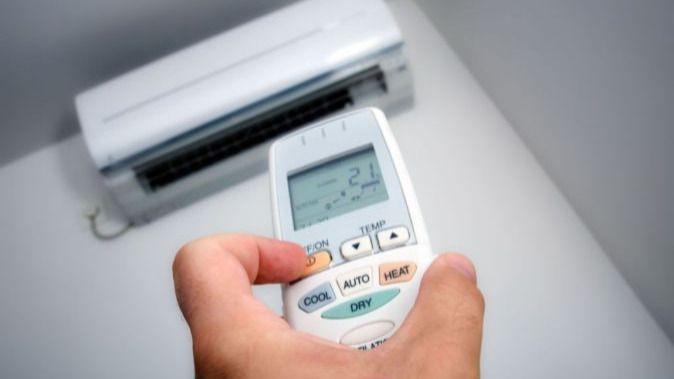 El consumo eléctrico baja un 0,5 por ciento en Baleares hasta agosto