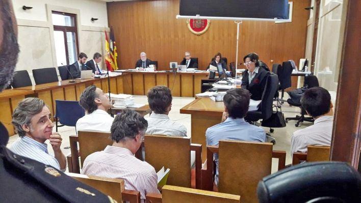 Álvaro Ruiz-Mateos responsabiliza a su padre de la negociación de la compra del hotel Eurocalas