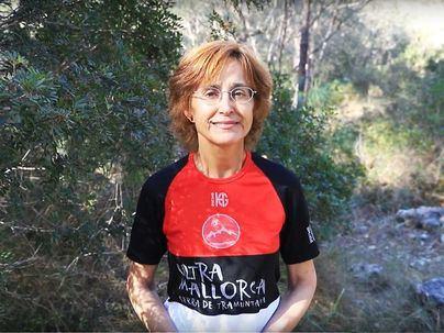 Fallece la doctora mallorquina enferma de cáncer que culminó el reto de recorrer la Serra a pie