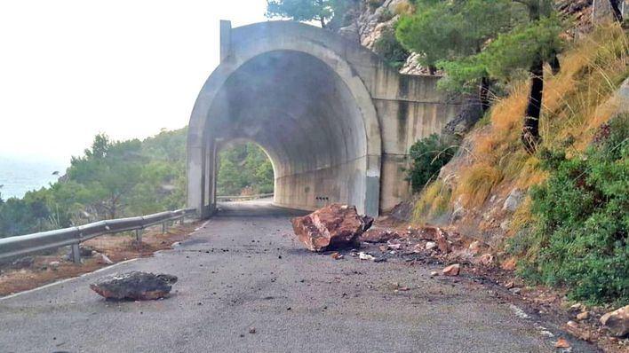 Alerta por desprendimiento de piedras en la carretera de la Serra de Tramuntana