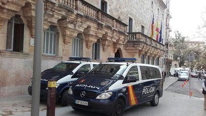Piden 28 años de cárcel para el dueño de prostíbulos en s'Arenal por violar a tres prostitutas