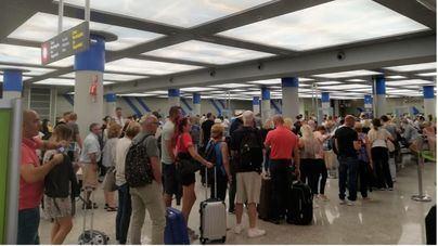 Casi un millón y medio de personas se desplazarán esta semana a través de aeropuertos de Baleares