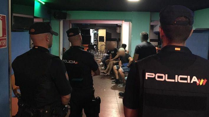 12 detenidos en tres locales de Palma en un operativo antidroga durante el fin de semana