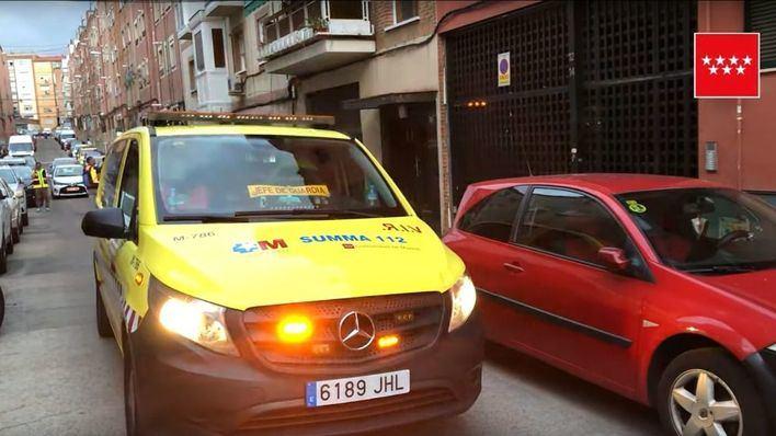 Un hombre mata a puñaladas a su pareja delante de sus hijas menores en Madrid