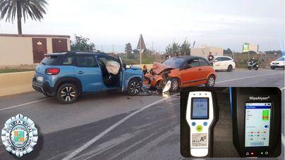 Un conductor bebido y drogado trata de huir tras provocar un accidente en Playa d'en Bossa