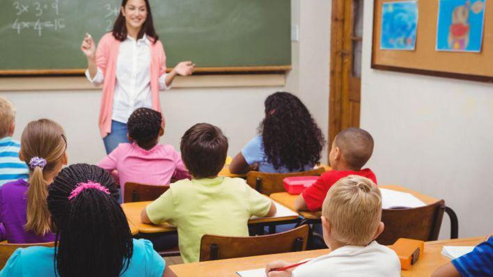 CCOO dice ahora que el control de horarios genera un ambiente 'negativo y nocivo' para los profesores