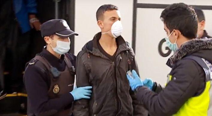 Dejan libres a 15 inmigrantes que llegaron a Ibiza y Formentera en patera por falta de plazas en CIEs