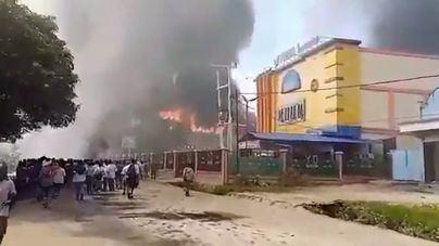 Nuevos disturbios en Papúa Indonesia dejan al menos 27 fallecidos