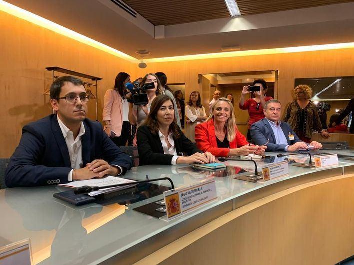 Frente común en Madrid para reclamar medidas que compensen la quiebra de Thomas Cook