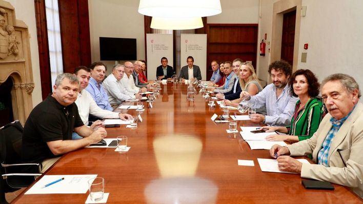 El cierre de Thomas Cook genera una deuda de 100 millones en Baleares