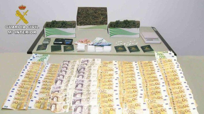 Detenidos 3 individuos que distribuían droga de forma permanente en Cala d'Or