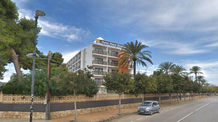 En estado crítico un joven de 22 años tras precipitarse desde un tercer piso en Ibiza