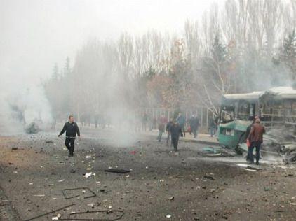Seis muertos al explotar una bomba de carretera en el este de Afganistán