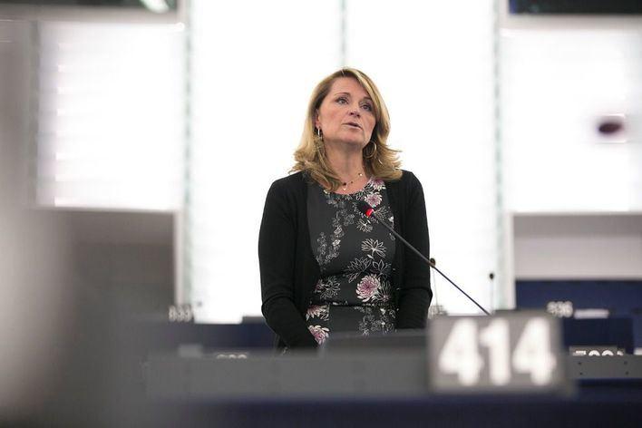 Rosa Estarás: 'Hay que aumentar el permiso de maternidad para las mujeres discapacitadas'