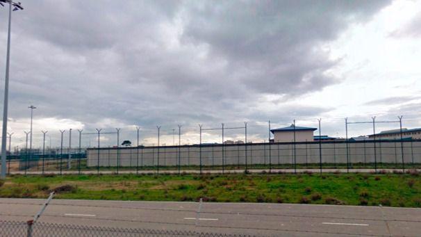 Un recluso agrede y amenaza de muerte a tres funcionarios del Centro Penitenciario de Mallorca