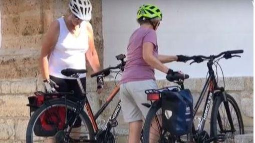 Unas 15.000 personas desfilan por Consell para disfrutar del Mallorca Cycling Festival