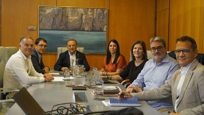 Calvià se une al Govern para trazar un plan de empleo local