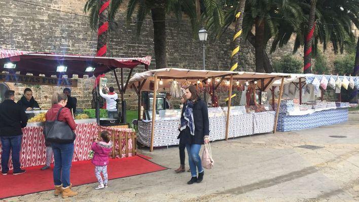 Pimeco rechaza trasladar el mercadillo del Passeig Sagrera al Parc de la Mar