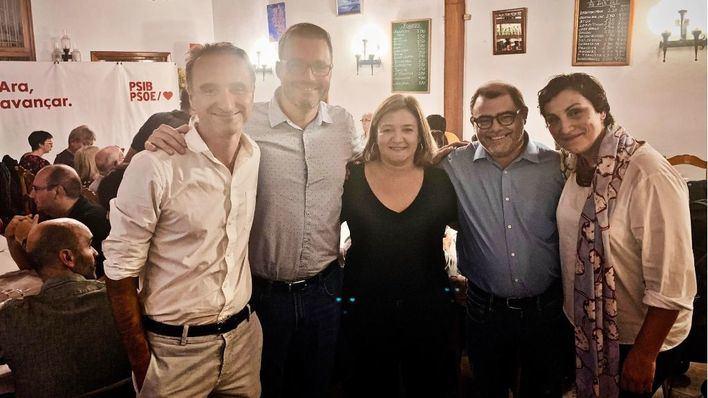Los candidatos al Congreso del PSOE piden acudir a las urnas para defender 'las conquistas de los últimos 40 años'