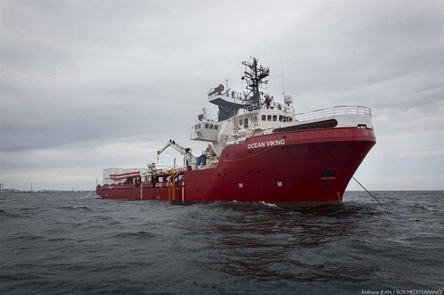 176 migrantes rescatados en el Mediterráneo por el 'Ocean Viking'