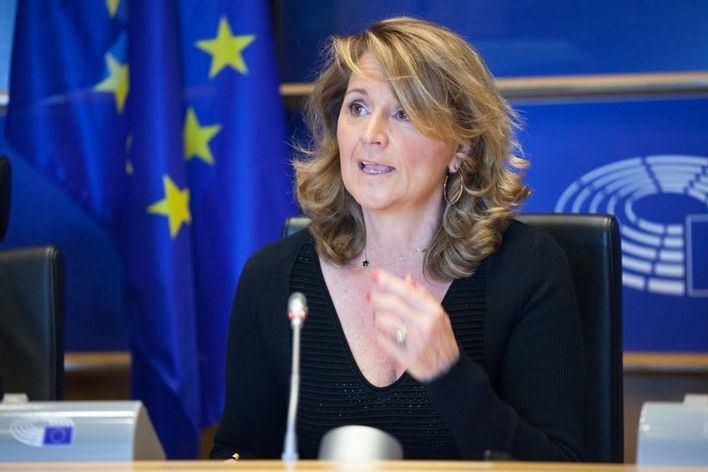 Rosa Estarás pide a Europa medidas de apoyo a sectores y trabajadores afectados por Thomas Cook