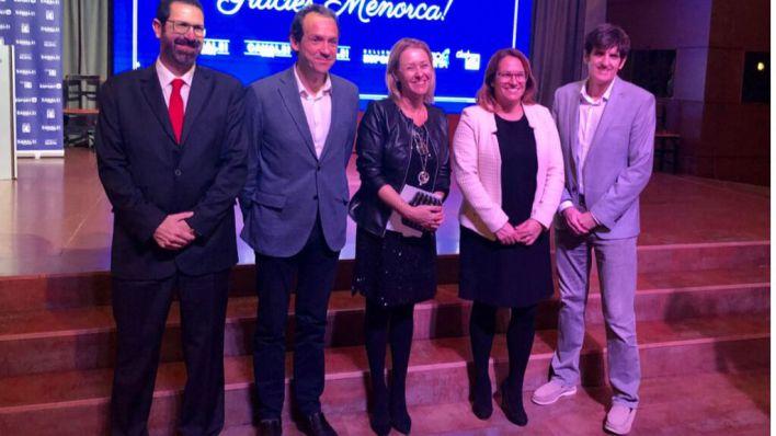 Grup4 celebra su primer año en Menorca con una emotiva gala
