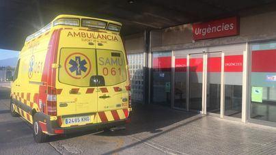 Una joven, grave tras caer desde un segundo piso en Alcúdia