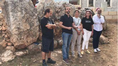 Los vecinos asumen la gestión del yacimiento talaiótico de Cas Quitxero