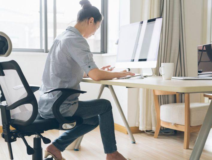 Uno de cada tres ocupados está sobrecualificado por el trabajo que realiza