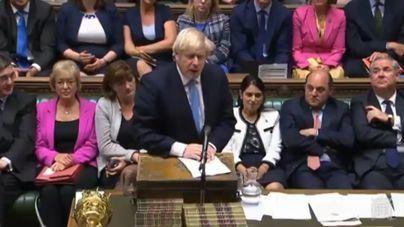 Londres se acerca hacia un brexit caótico al rechazar el Parlamento las propuestas de Johnson