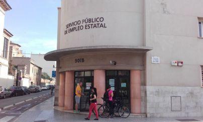 El paro se dispara un 15 por ciento en Baleares en temporada alta