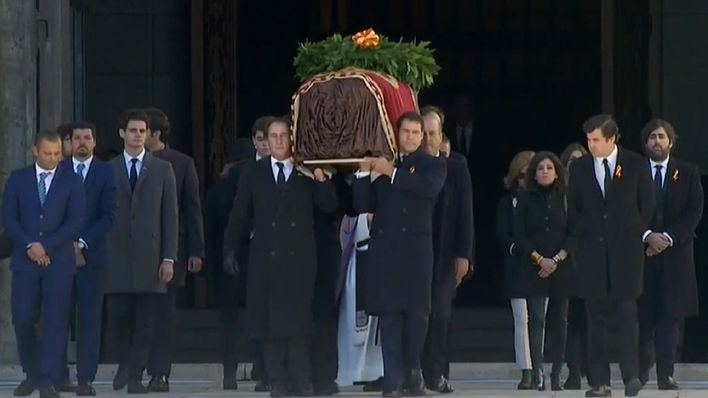 Franco, exhumado del Valle de los Caídos 44 años después