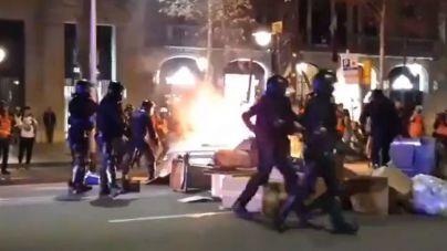 Nuevos disturbios en Barcelona tras la marcha contra la sentencia del