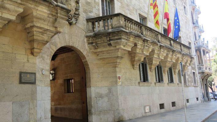 Dos años de cárcel por cobrar 2.000 euros con cheques falsificados del restaurante de Ibiza en que trabajaba