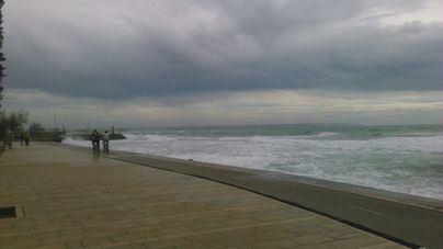 Alerta amarilla este domingo por fuertes vientos en Baleares