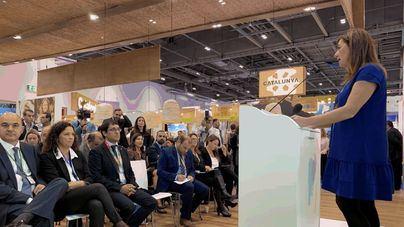 El Govern defiende en Londres la ecotasa