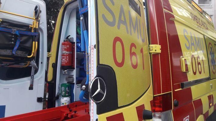 Grandes retenciones y tres heridos por un accidente múltiple bajo la rotonda de Can Blau