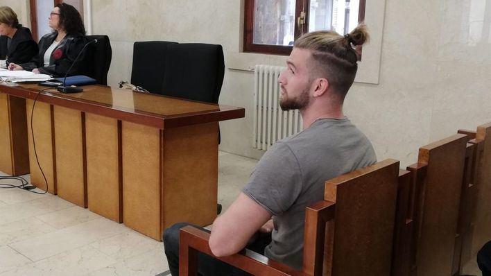 Pacta nueve años de cárcel por violar y maltratar a su pareja en Llucmajor