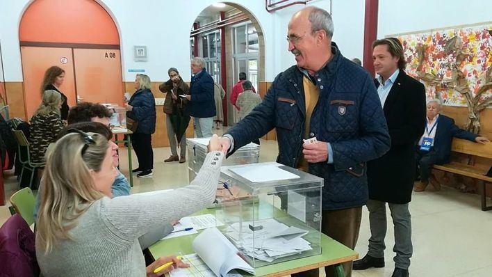 """Salvá pide a los ciudadanos que asuman su """"gran responsabilidad"""" y vayan a votar"""