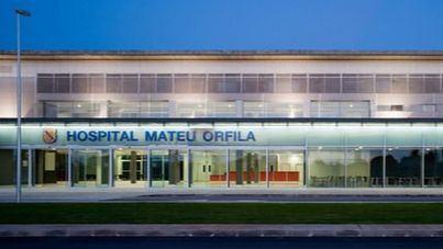 El Mateu Orfila realiza un trasplante pionero de tendón de padre a hijo para reparar ligamentos