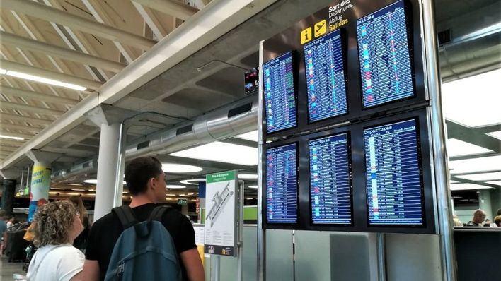 El Aeropuerto de Palma recibe 2.924.054 pasajeros en octubre, un 2,1 por ciento menos