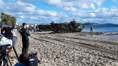 La infantería de Marina desembarca en Ibiza con la operación anfibia Balearex-19