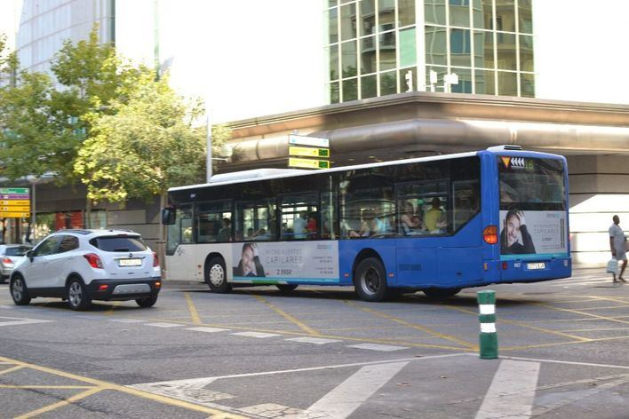 Cort sube el billete de autobús de 1,5 a 2 euros
